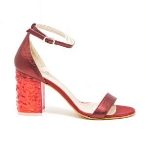 Sandalo in pelle laminata con tacco largo in plexi 5 cm. Made in Italy